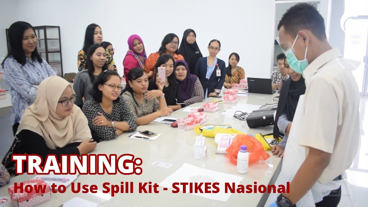 Training : How to Use Spill Kit – Stikes Nasional Surakarta